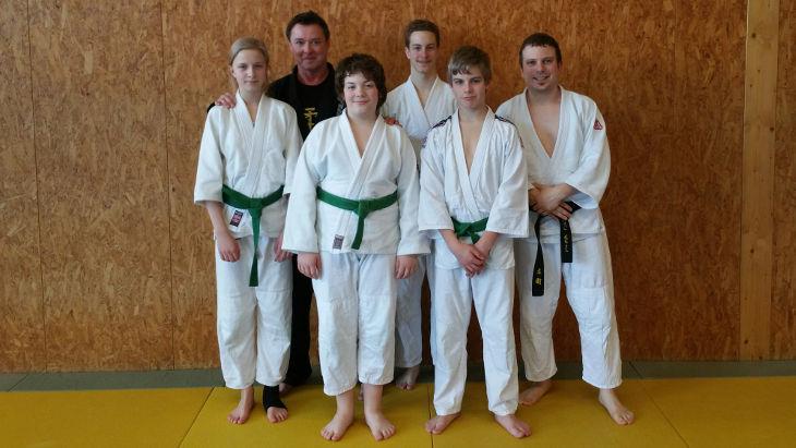 Ju-Jutsukas des TVP zu Besuch beim Ju-Jutsu-Lehrgang mit Chris Senger